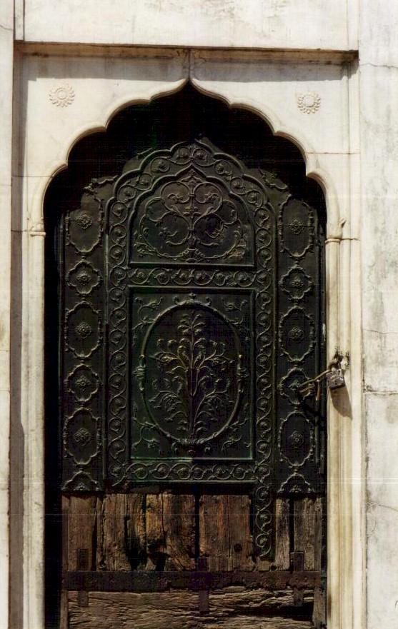 ... Inside Lal Qila · Aurangzeb\u0027s Mosque & Delhi